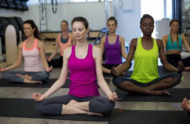 Miruxy Yoga Sesión en Grupo